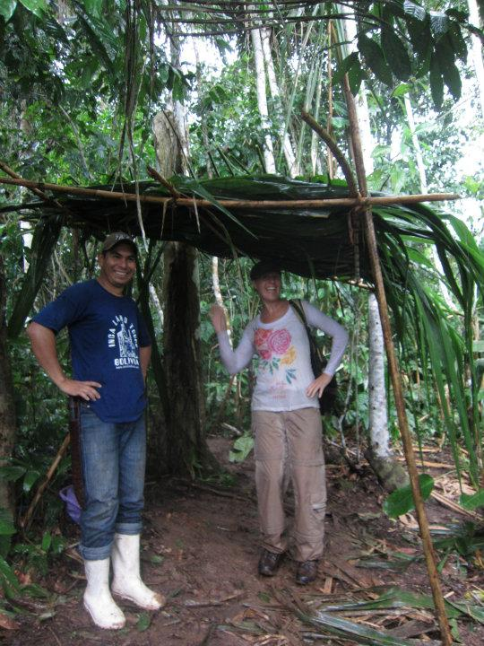 Onze zelfgebouwde schuilplaats in de jungle