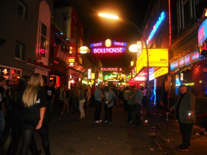 Reeperbahn strip