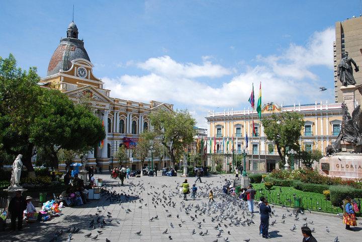 Plaza met regeringsgebouwen in La Paz