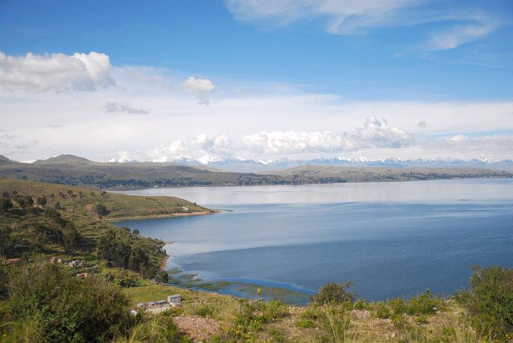 Eerste blik op Lake Titicaca