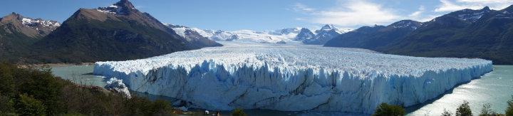 Panoramafoto nodig om de hele gletsjer erop te krijgen
