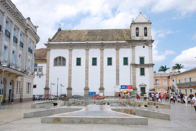 Een van de vele kerken in Salvador