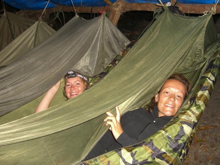 bed time in army hammocks  bed time in army hammocks    jon u0027s  and paula u0027s  overland adventure  rh   offexploring