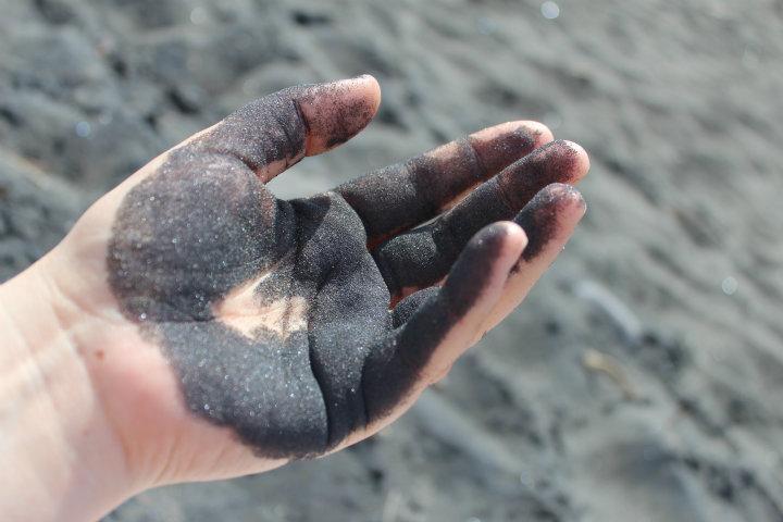 Svart sandstrand! Black sand beaches!