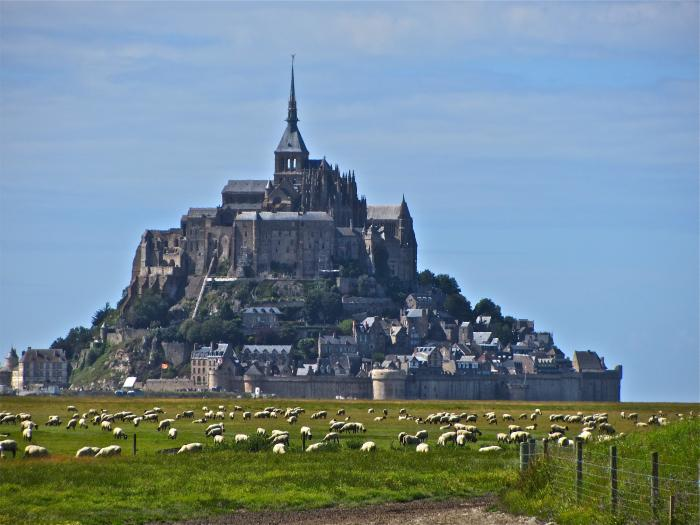 July 15 Paris To Mont St Michel And ArromancheslesBains DDay Beaches Fr