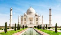 Best 5 places to explore Agra with Family or Frien