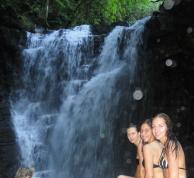 Trine og Caroline i Ecuador