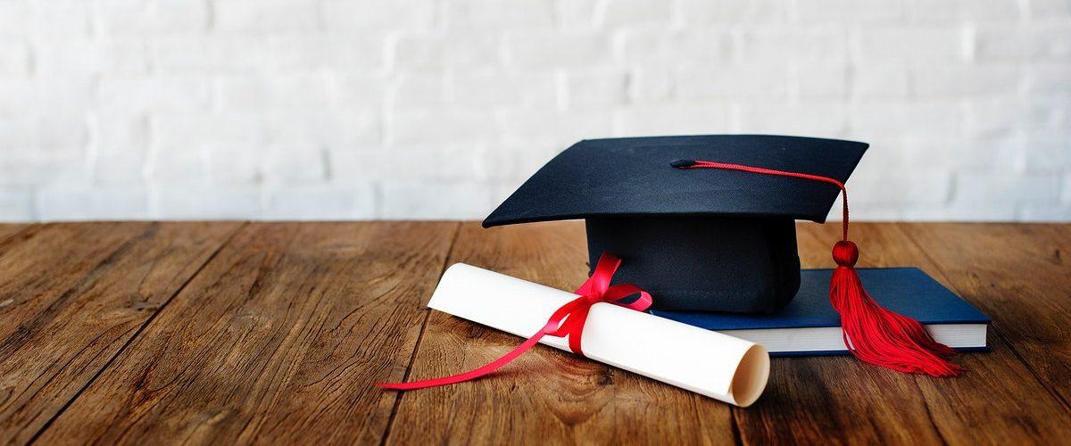 diploma de graduação universidade