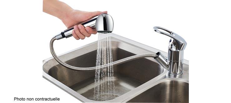Fourniture et pose d'un robinet mitigeur d'évier à douchette Premium