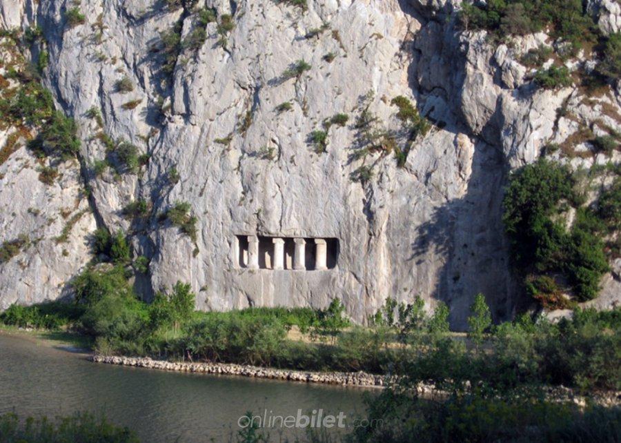 asarkale ve kaya mezarları