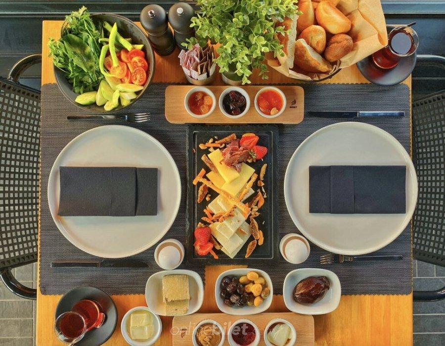 armoni lounge kahvaltı