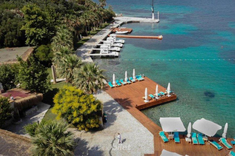 oliviera resort beach