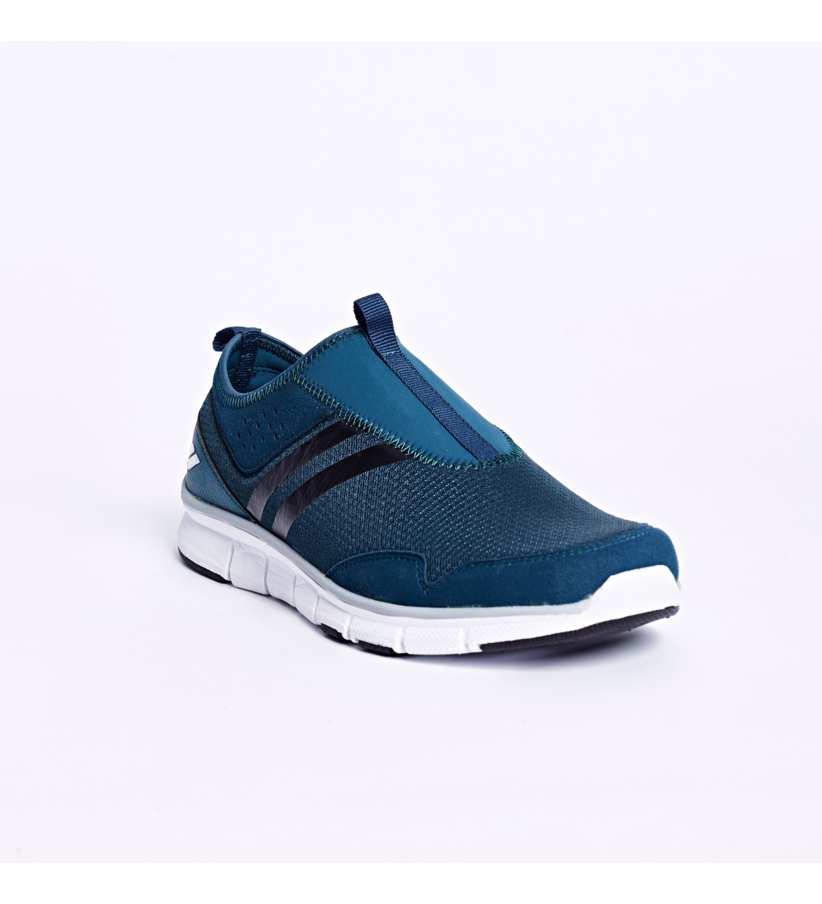 حذاء الجري من ماركة ليسكون