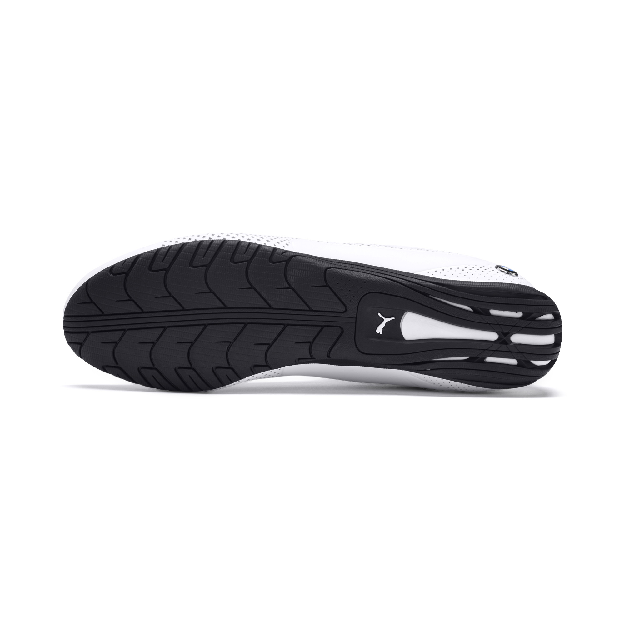 حذاء السباق الرياضي ماركة بوما مع علامة بي ام دبليو