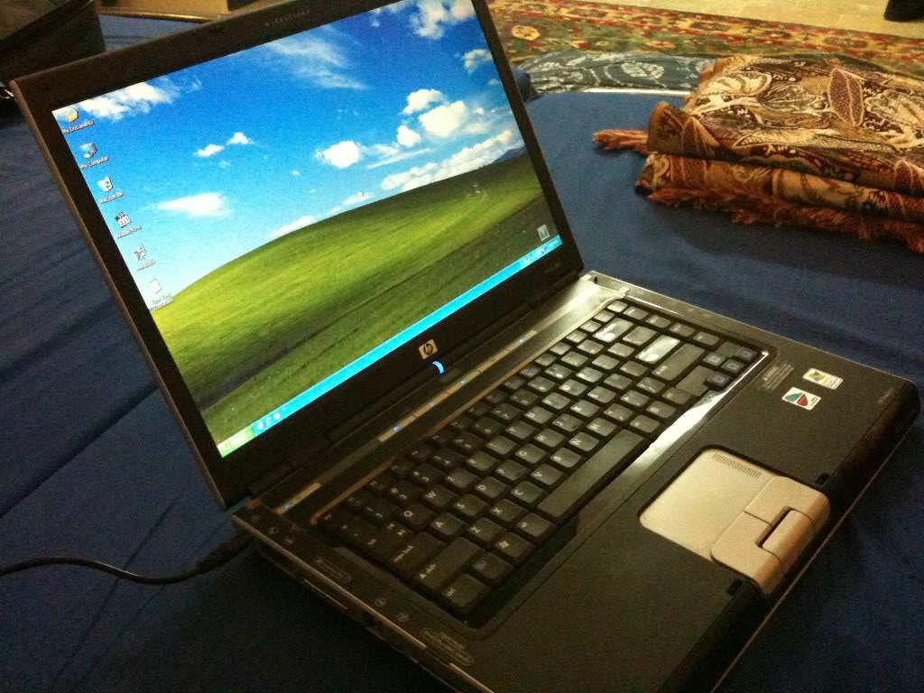 لاب توب  HP Pavilion 15-au112nt (Y7Y49EA) Notebook (Laptop)