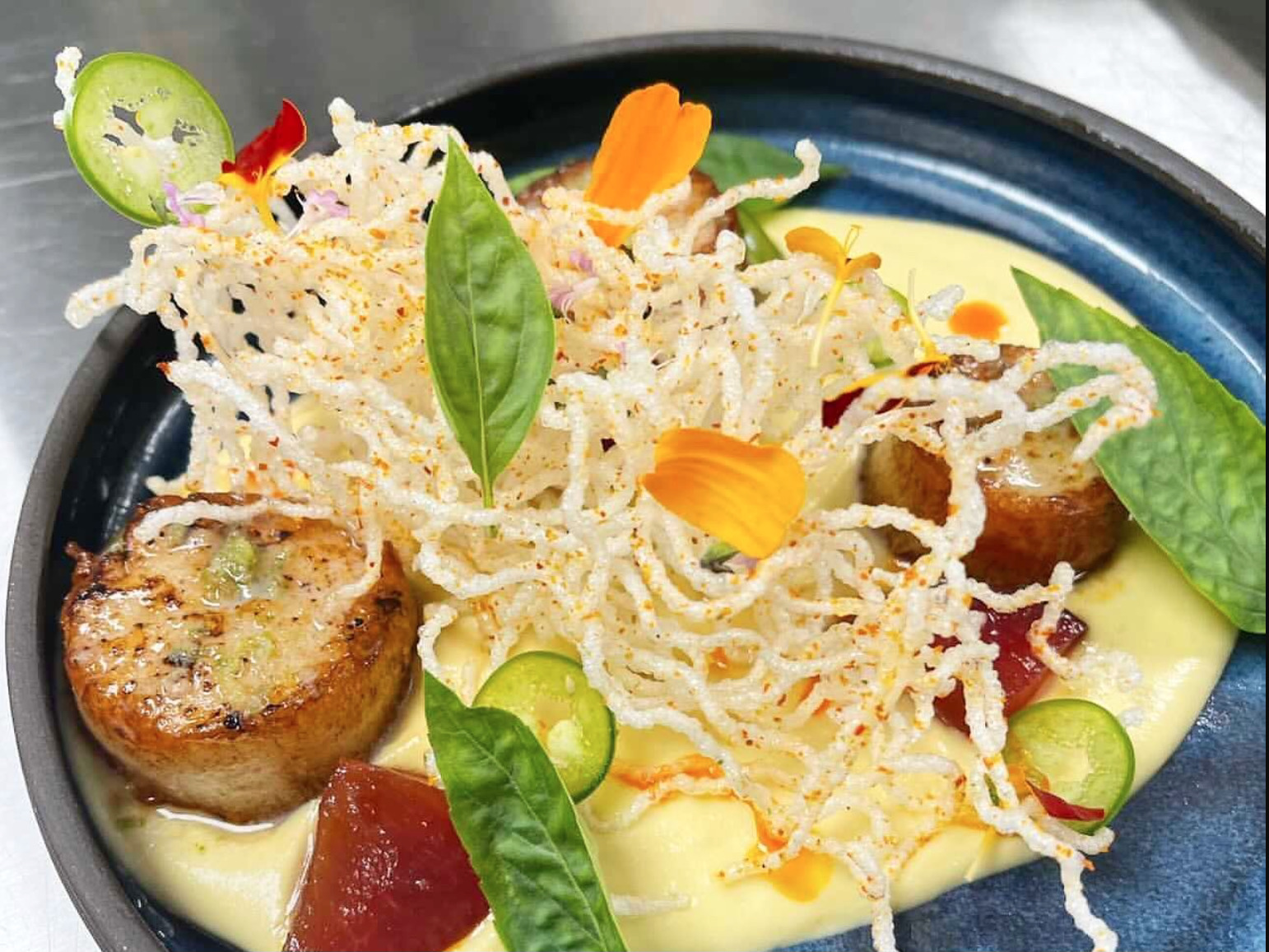 Central Standard scallops special