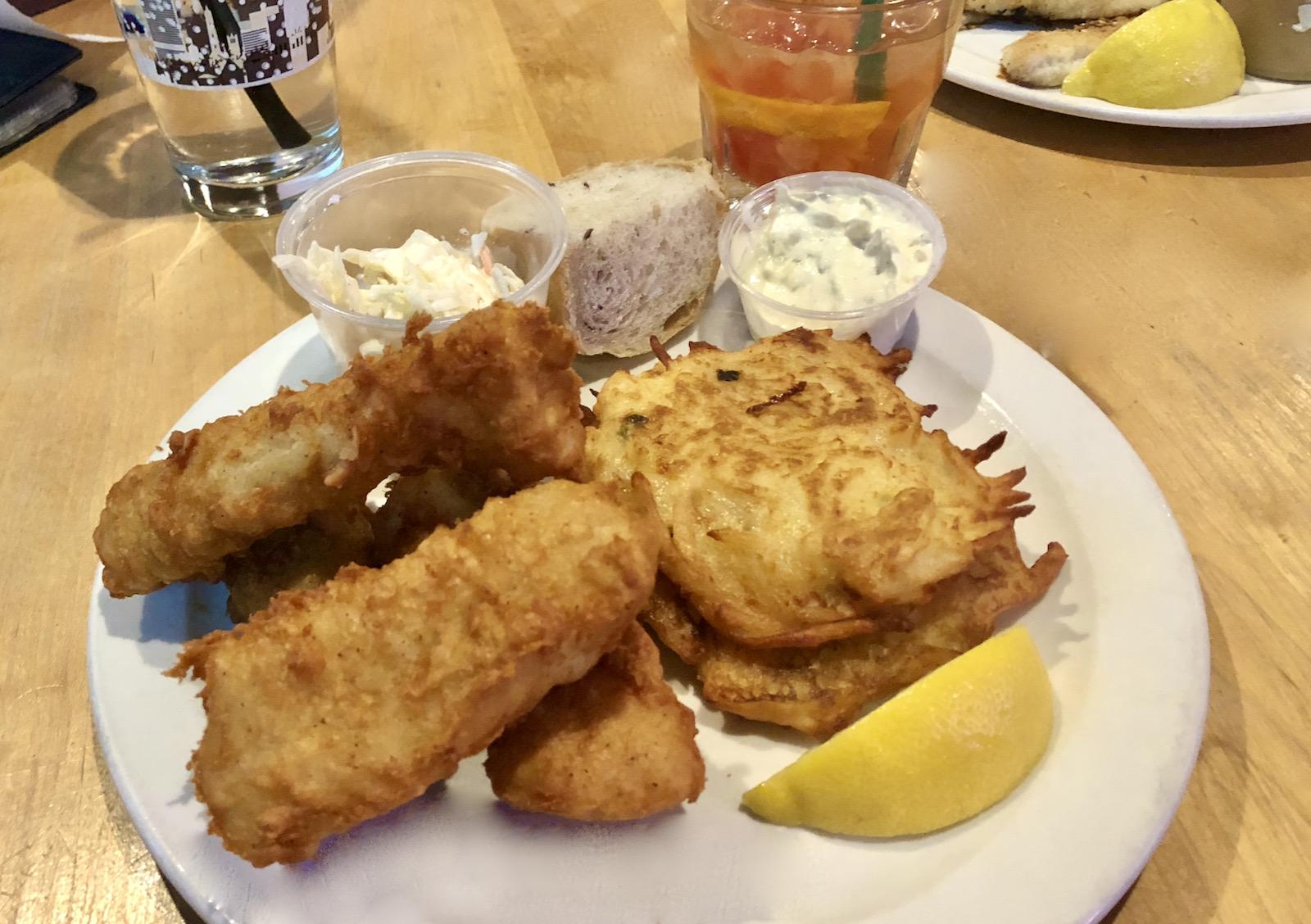Steny's Tavern fish fry