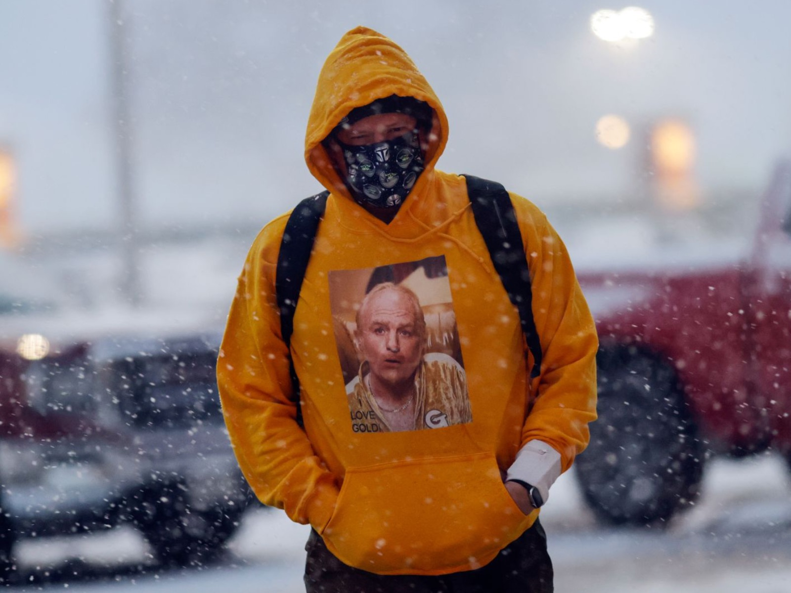 Goldmember sweater in snow