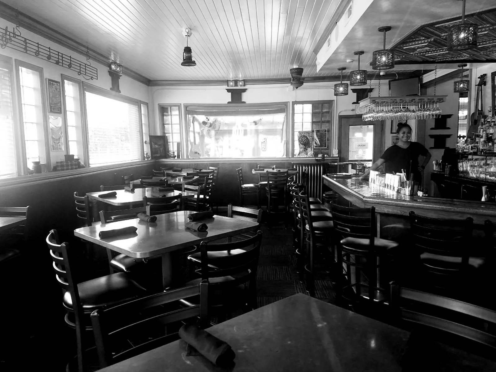 The Cheel bar