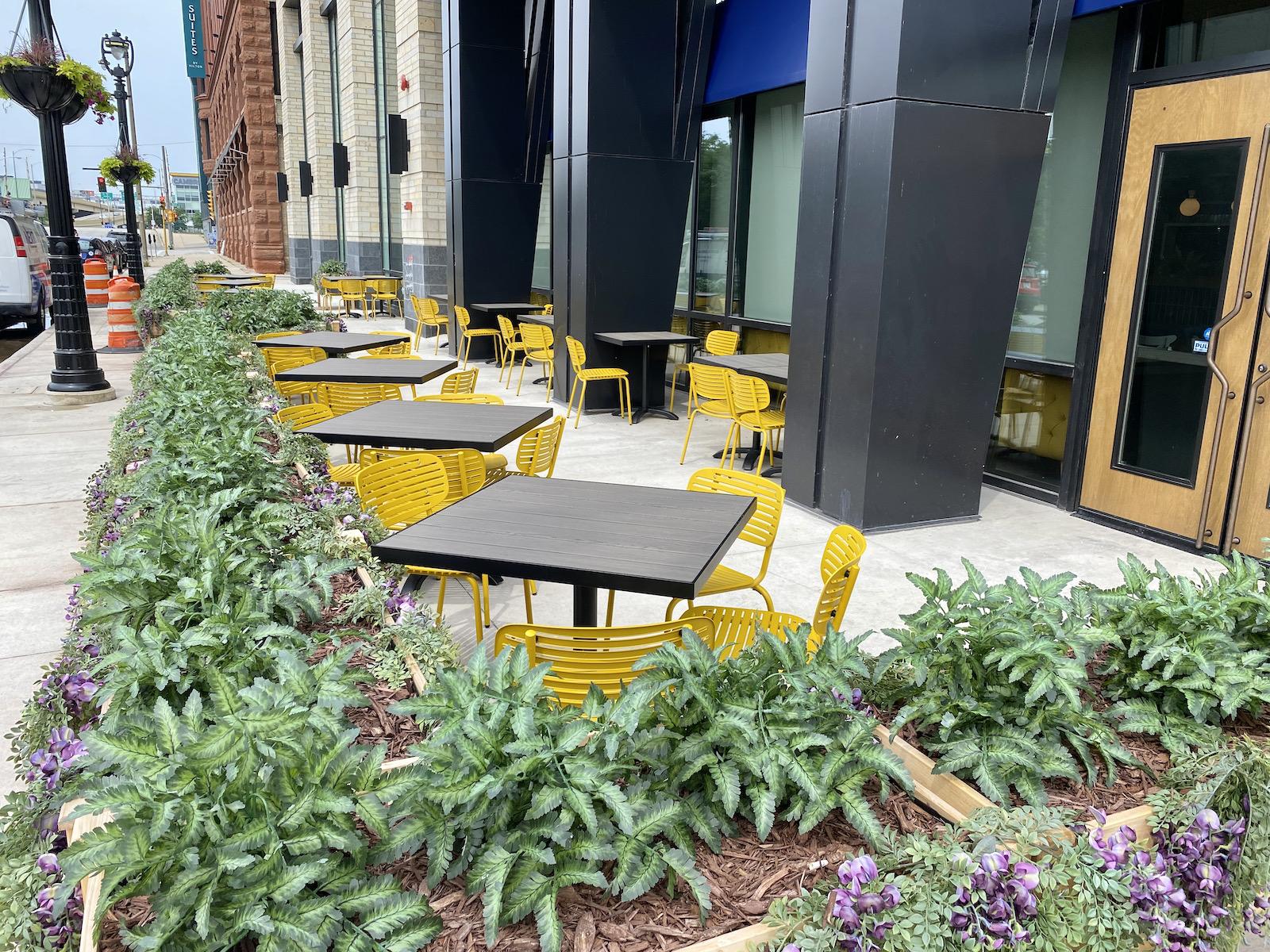 Tupelo Honey patio