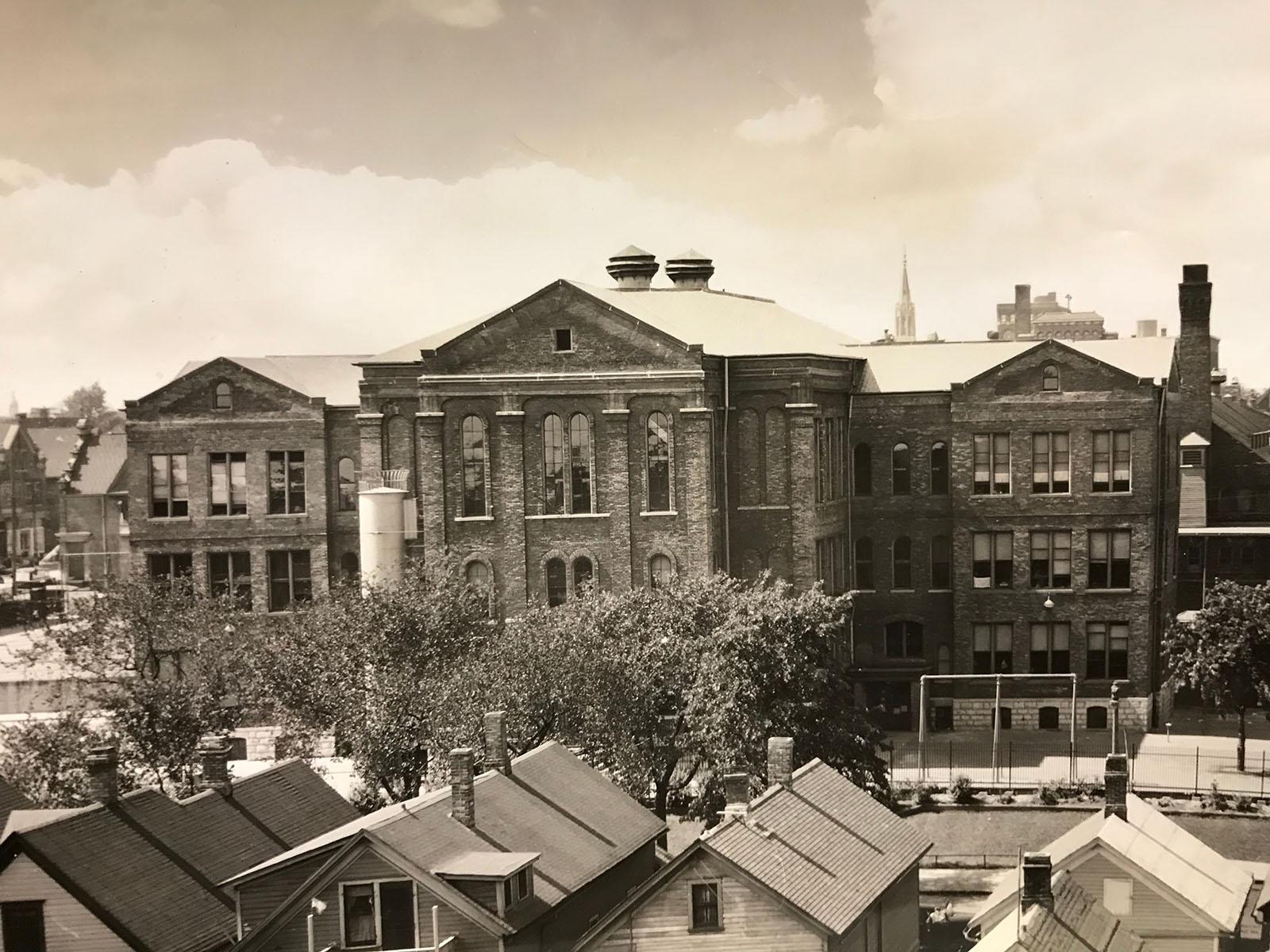 Walter Allen School