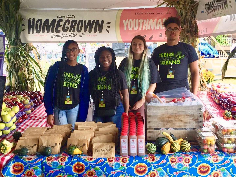 Teens Grow Greens crew