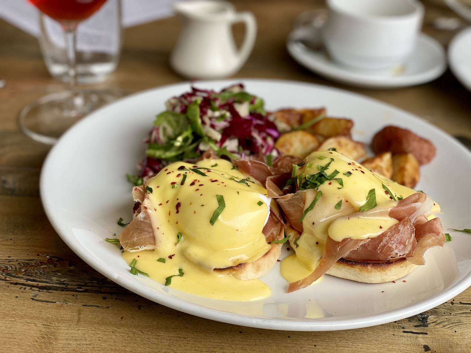 Eggs benedict from Whistling Swan