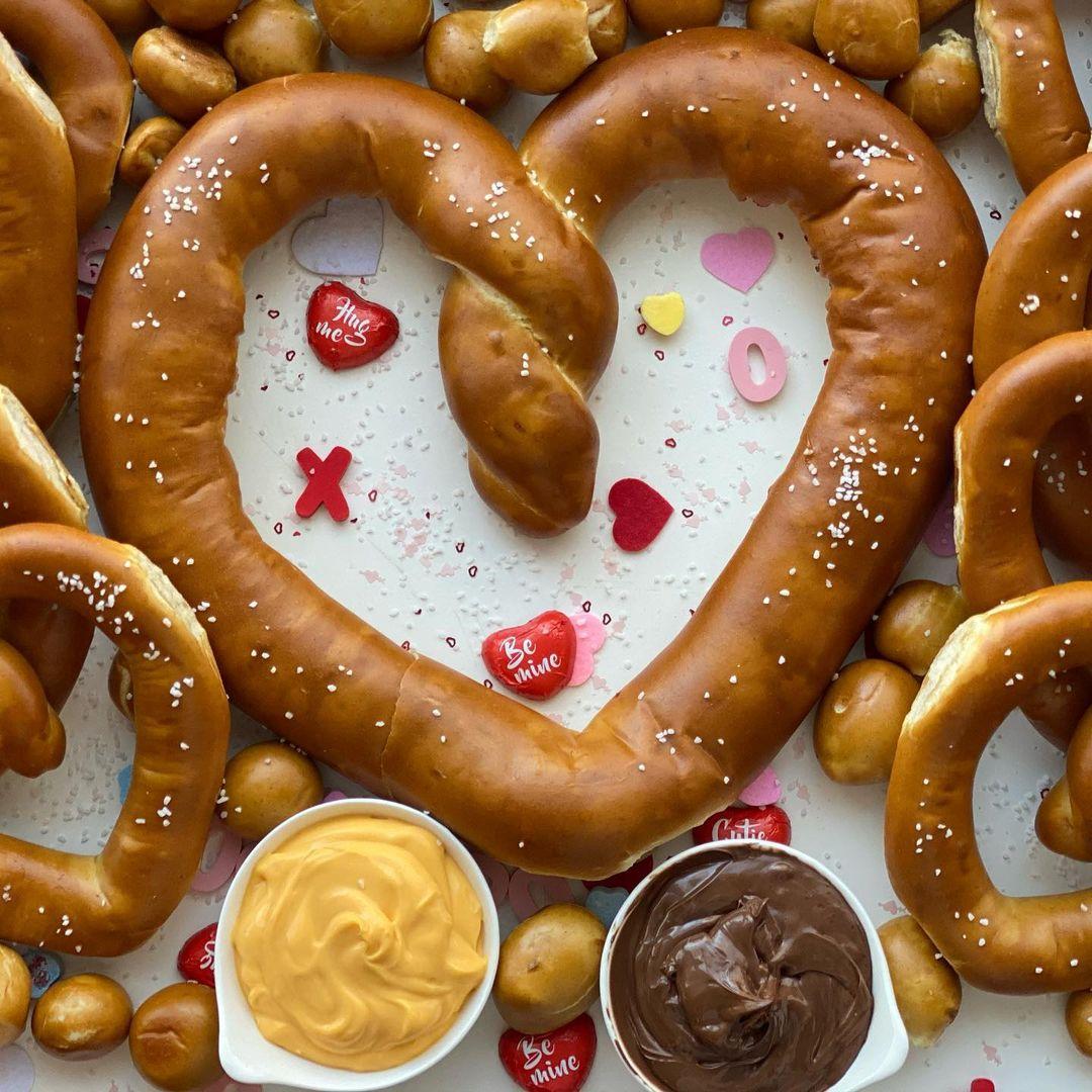 pretzel valentines day