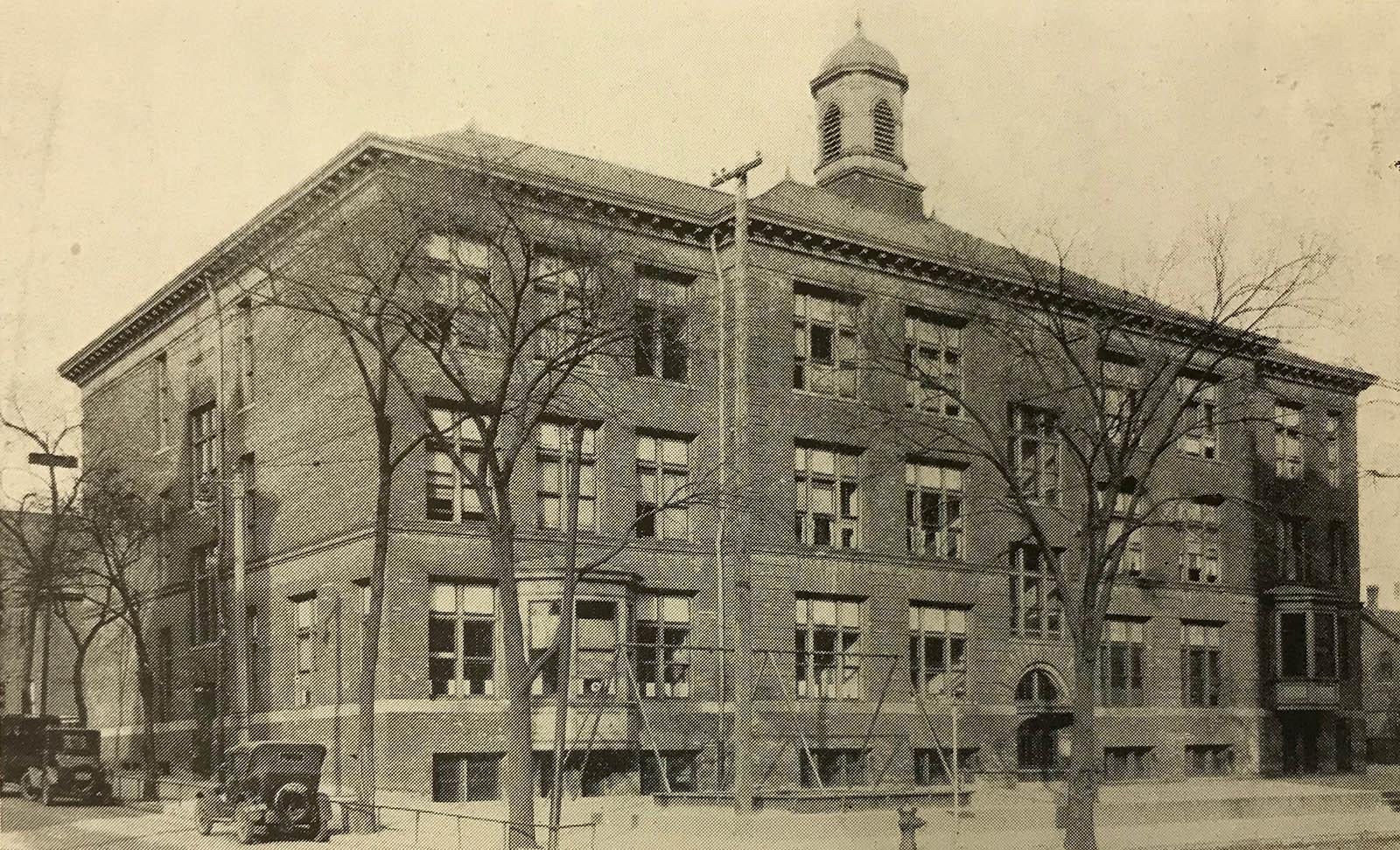 Highland Avenue School