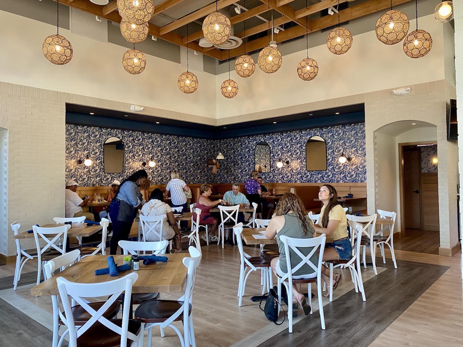 Tupelo Honey main dining room