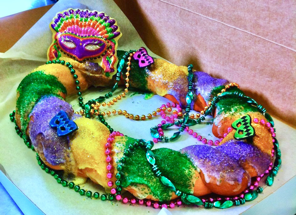 9 Spots In The Milwaukee Area To Find King Cake For Mardi Gras