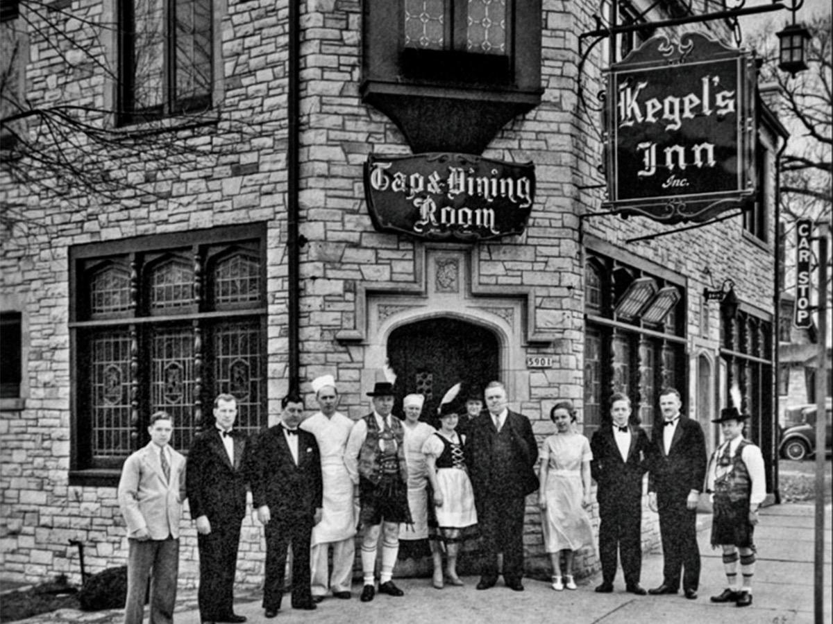 Historic neon sign at Kegel's Inn