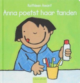 Anna poetst haar tanden.jpg