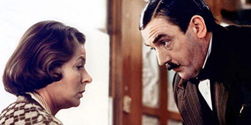 http://movieactors.com/freezes/freezes_A/freezes_albert_finney/Murder_on_the_Orient_Express_1974_pic2_Ingrid_Bergman.jpg