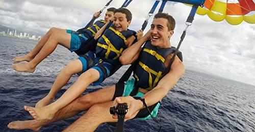 Ripresa video durante parasailing e selfie di gruppo fatto con bastone GoPro Afaem 001 Black