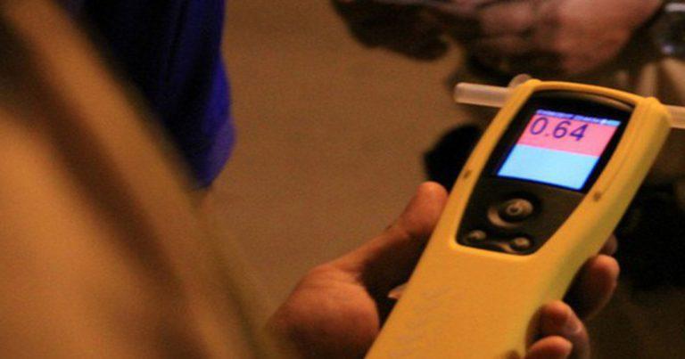Cách sử dụng máy đo nồng độ cồn chính xác nhất
