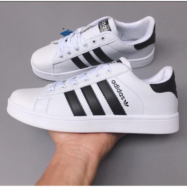 Adidas là thương hiệu sneaker quá quen thuộc với người Việt