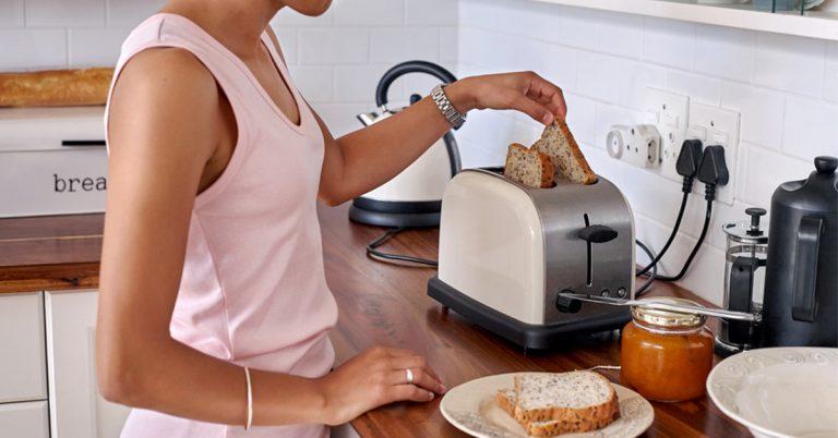 Muốn mua máy nướng bánh mì 2 ngăn, nên chọn loại nào tốt nhất?