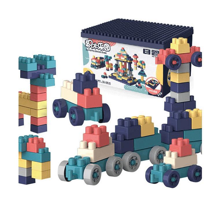 Đồ chơi xếp hình LEGO giúp bé vừa học, vừa chơi, phát triển tư duy logic