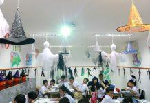 trang trí halloween cho lớp học
