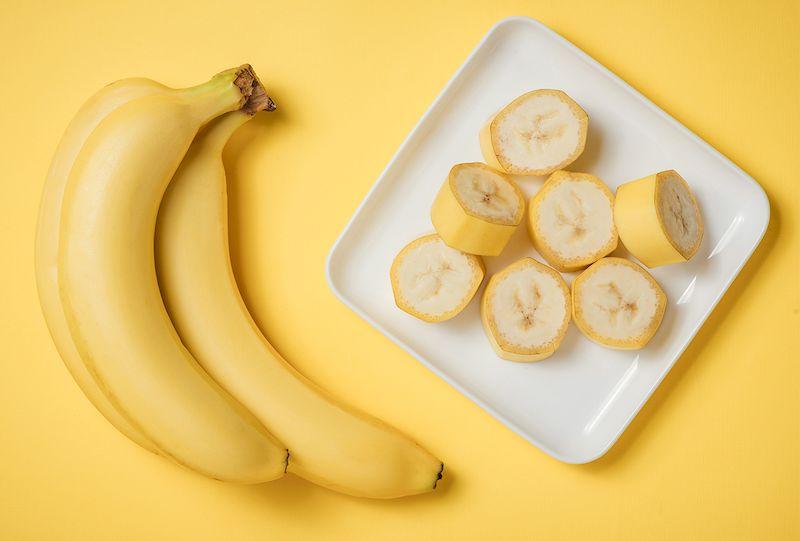 Ốm nghén nên ăn gì để giảm các tình trạng nôn ói? Hãy thử chuối xem sao