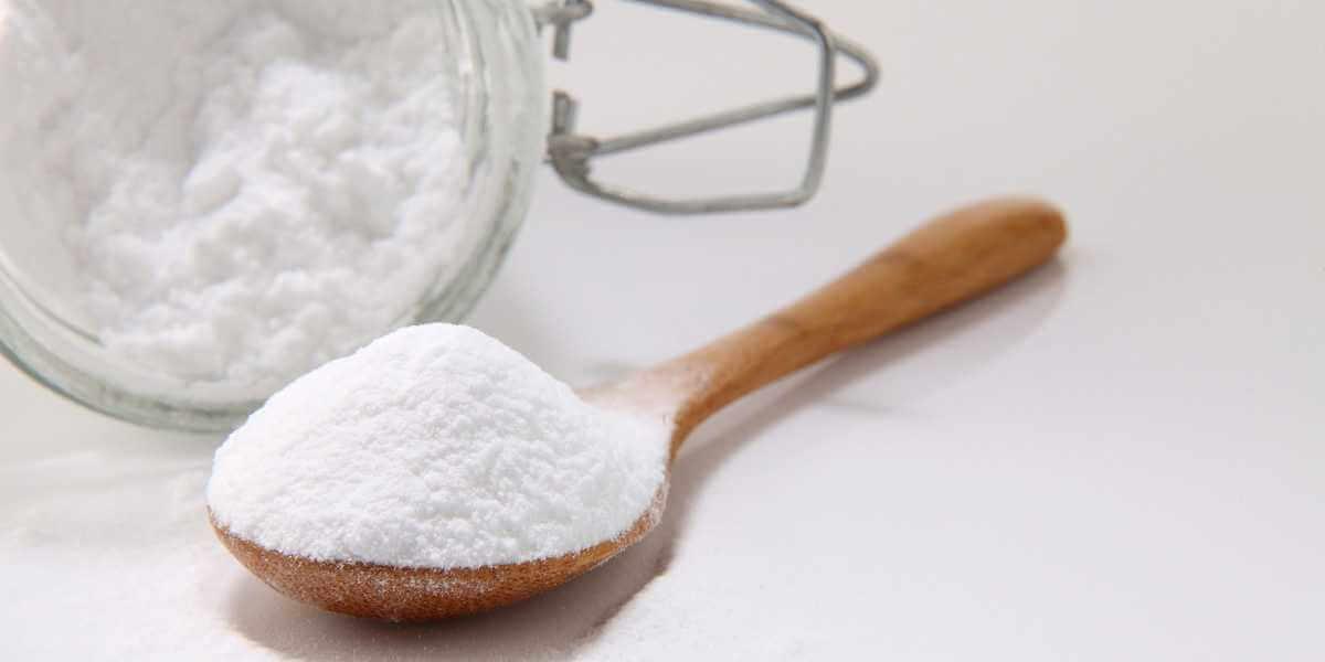 Tẩy da chết bằng Baking Soda là phương pháp được đánh giá cao ở cả tính năng hóa học và cơ học.
