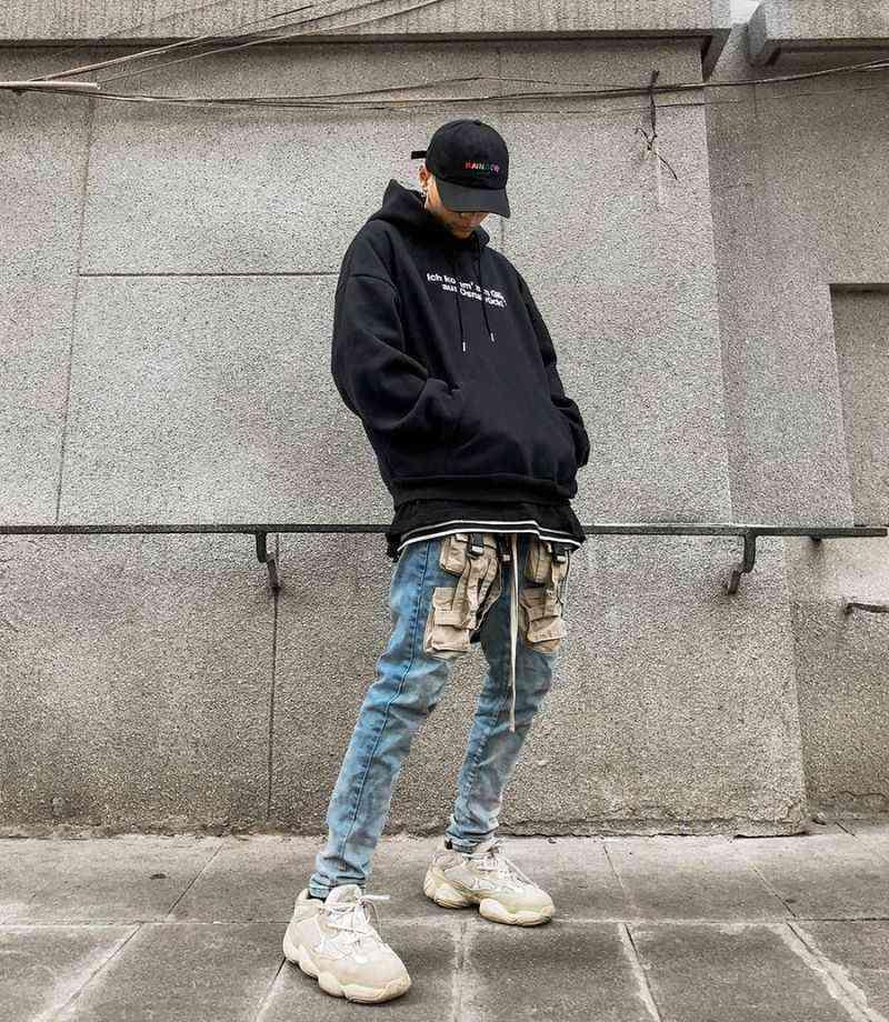 Mix áo Hoodie nam với quần jean