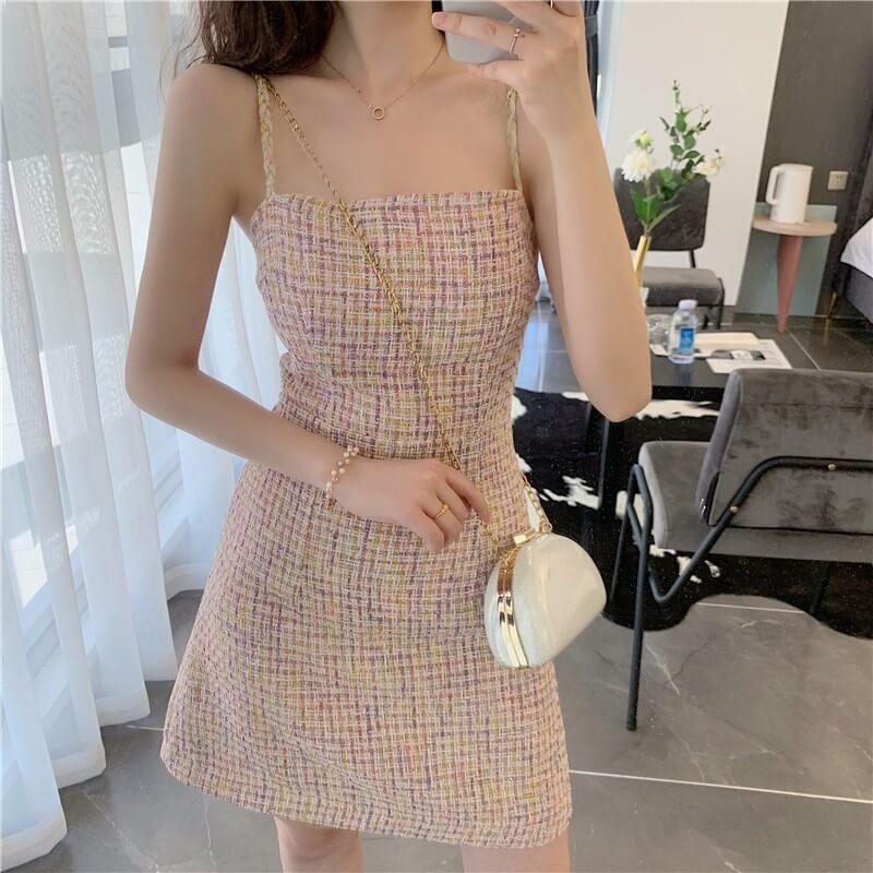 Váy dạ len hai dây