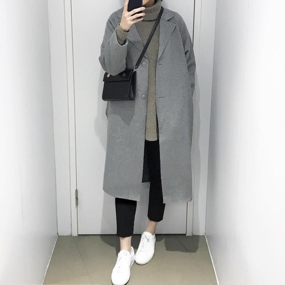 áo khoác ngoài dài hơn hẳn áo len