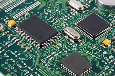 [Translate to Französisch:] vibration micro controller and pcb board