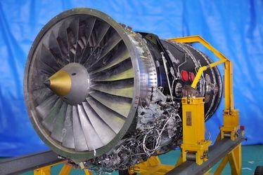 [Translate to Französisch:] Vibration Airplane engine
