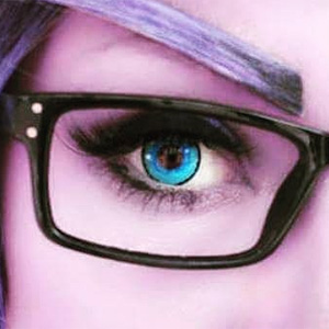 ColourVue Crazy The Dexus contact lenses on @issabel_cosplay