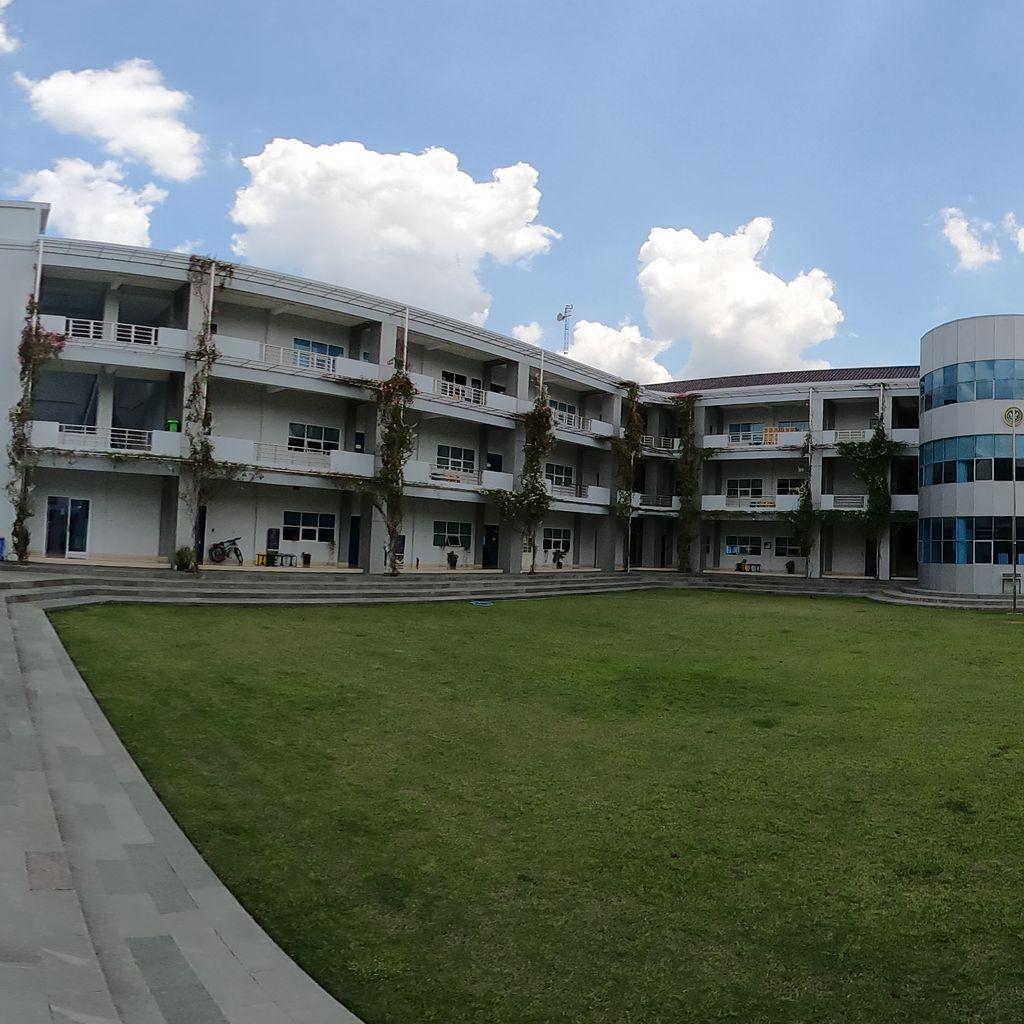Schools Yard