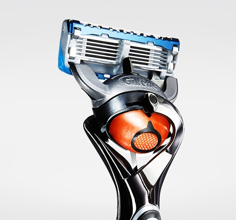 gillette-fusion-proglide-power-razor-with-flexball-qtr